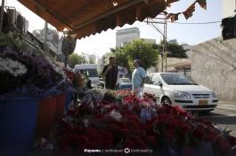 Рынок Кармель в Тель-Авиве - можно и цветы купить.