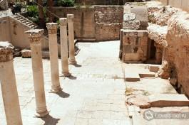 Кардо - главная улица города Элия-Капитолина, города, построенного римлянами на месте разрушенного ими Иерусалима.