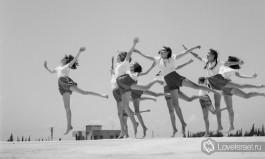 Гимнастки - ученицы Мириам Вайссенштейн