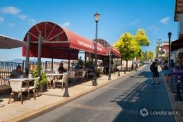 Одна из улиц старого города Цфат. Замечательное место попить кофе с видом на горы Галилеи.