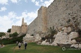 Иерусалим. Есть города, описания которых просто излишни. Это на уровне очень личных ощущений человека.