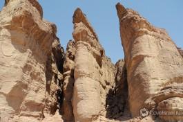 Парк Тимна раскинулся в около 30 километров к северу от Эйлата. Слышали о копях Царя Соломона? :)