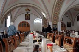 Трапезная Горненского монастыря, все готово к завтраку )