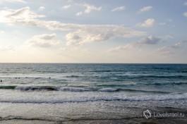 Берег моря в Тель-Авиве. Слова излишни.