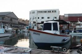 Нынче в яффском порту можно увидеть только рыбаков и гуляющих израильтян и туристов. Яффо Израиль.