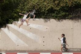 Рисунок на улице Арлозоров, Тель-Авив. Замечали такой?