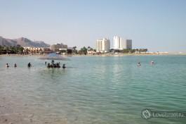 Вид на отели Мертвого моря.