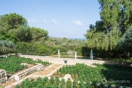 Сады Ганей-ха-Надив в Зихрон-Яакове.Рамат ха-Надив.